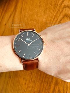 時計を買う。の写真・画像素材[919439]