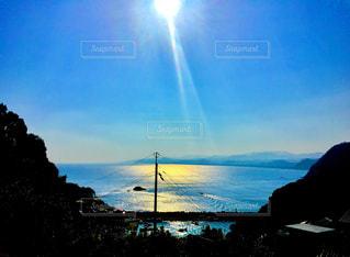背景の山と水体 - No.900871