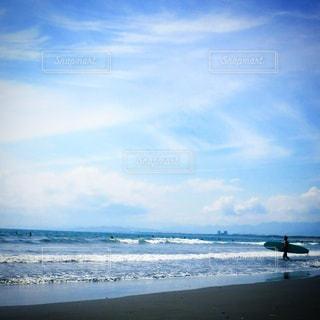 サーフィンの写真・画像素材[903893]