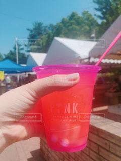 ピンクカップの写真・画像素材[2344614]