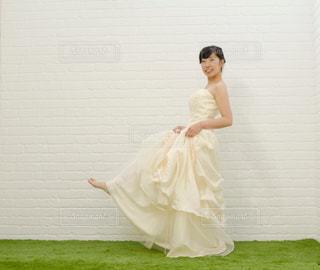 ウエディングドレスの写真・画像素材[3241453]