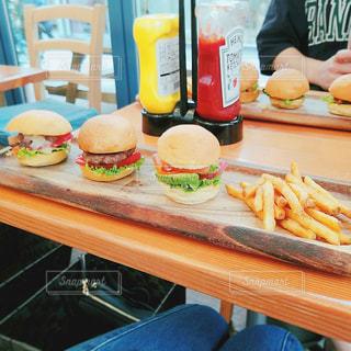 ミニハンバーガーの写真・画像素材[905101]