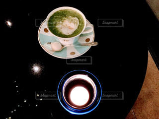 コーヒーカップとキャンドル - No.905902