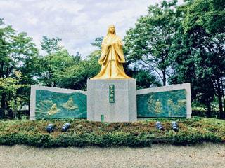 公園の銅像の写真・画像素材[924546]