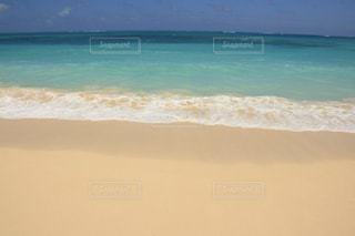 エメラルドなビーチの写真・画像素材[1029970]