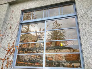 窓ガラスの写真・画像素材[906804]
