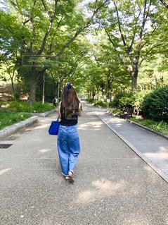 散歩の写真・画像素材[2266511]
