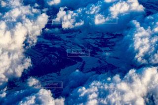 雲海の隙間にの写真・画像素材[908331]