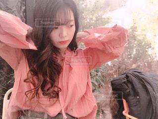 ピンクの服の写真・画像素材[907855]