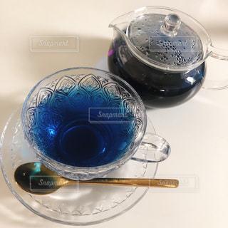 青色光とガラスの写真・画像素材[1212915]