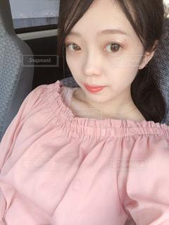 クローズ アップ撮影、selfie ピンクの髪を持つ女性のの写真・画像素材[1268388]