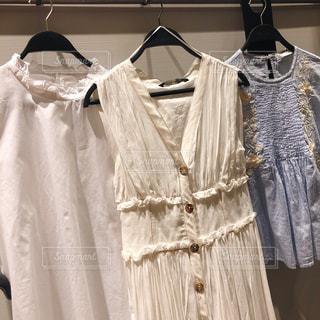 ドレスを着ている人の写真・画像素材[1268390]