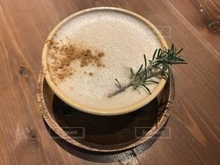 カフェでほっと一息の写真・画像素材[908027]