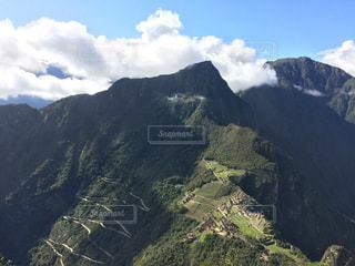 ワイナピチュ山頂からのマチュピチュの写真・画像素材[909415]