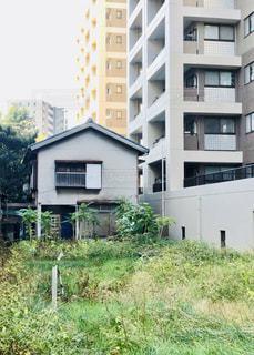 マンションと一軒家の写真・画像素材[2753217]