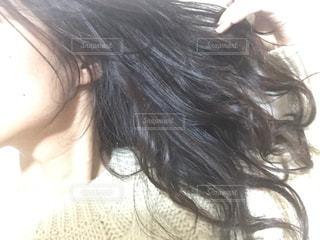 躍動感あふれる髪の写真・画像素材[917932]