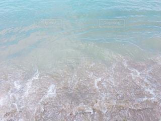 海の横にある水します。の写真・画像素材[920783]