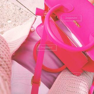 ピンクのバッグの写真・画像素材[921298]