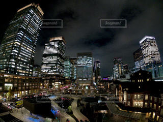 夜の街の景色の写真・画像素材[921440]