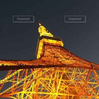 青い空の下に座って背の高い時計塔の写真・画像素材[921735]