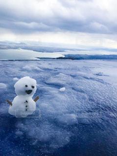 湖上の雪だるまの写真・画像素材[921780]