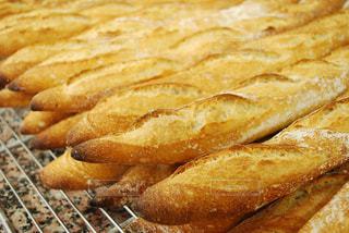 フランスパンの写真・画像素材[1287486]