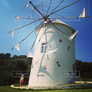 風車のある風景の写真・画像素材[922501]