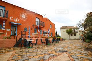 志摩地中海村のカフェの前での写真・画像素材[922591]