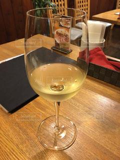 テーブル ワインのグラス - No.923899