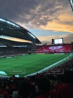 大勢の人のスタジアムの写真・画像素材[924899]