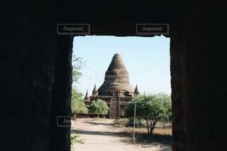 遺跡の中から見る遺跡の写真・画像素材[3989708]