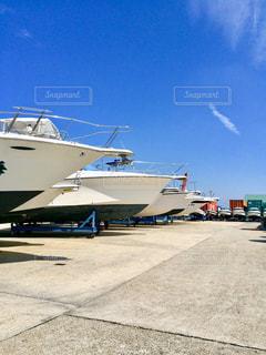 港に止まっている船の写真・画像素材[1116219]