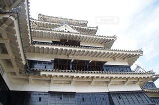 松本城の天守閣を下から眺める その2 - No.1006744