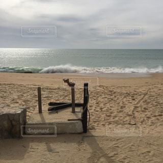 海の横にある砂浜のビーチの写真・画像素材[926215]