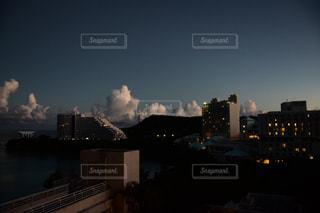 朝の街の景色の写真・画像素材[928328]