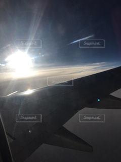 雲の上の日の出の写真・画像素材[927783]