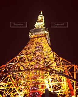 クロック タワーは夜ライトアップ - No.930721