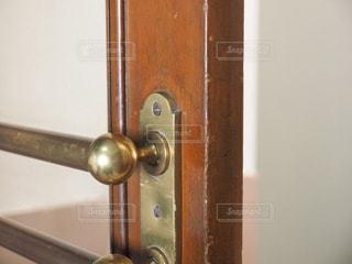 木製ドアの写真・画像素材[1091131]