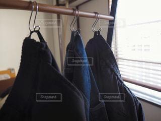 ズボンの写真・画像素材[1182102]