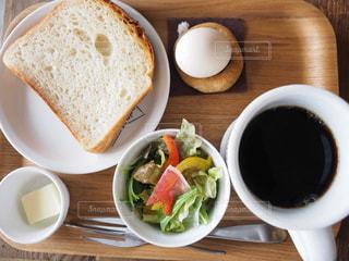 朝食テーブルフォトの写真・画像素材[1190993]