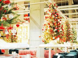 クリスマスの店舗でのディスプレイの写真・画像素材[1629627]