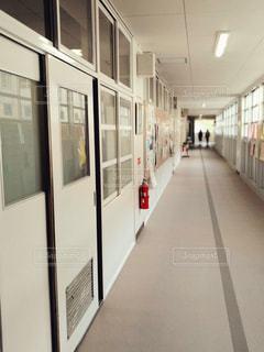 学校の廊下の写真・画像素材[1638849]