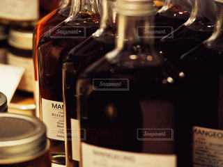 蜜のボトルの写真・画像素材[1867097]