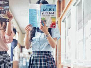 英語の勉強しなきゃの写真・画像素材[2116739]