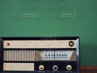 古いラジオの写真・画像素材[2125260]