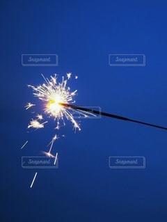 空の花火の群の写真・画像素材[3525665]