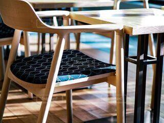 木製の椅子の写真・画像素材[3734104]