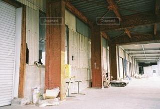 工場の倉庫の写真・画像素材[4762014]