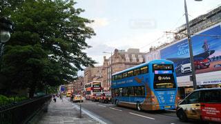 エディンバラのバスの写真・画像素材[928428]