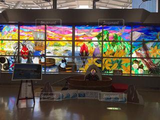 新潟空港のステンドグラス。の写真・画像素材[929259]